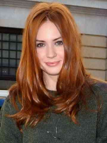 karen gillans red hair to be used as a wig in star wars