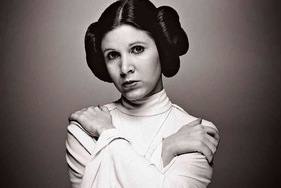 "Topic: ""coup de coeur"", ""coup de gueule"", ""info"" etc.. - Page 9 Carrie_fisher_princess_leia11"
