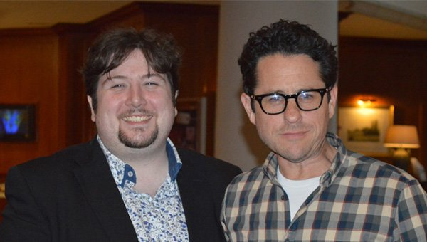 Abrams Meets A Writer For Total-Geeks