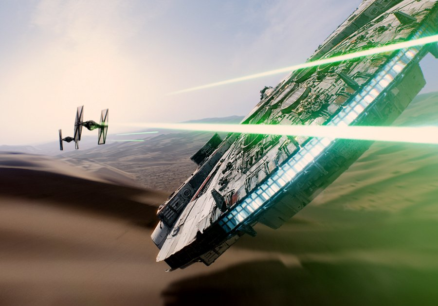 112814_StarWars_TheForceAwakens4