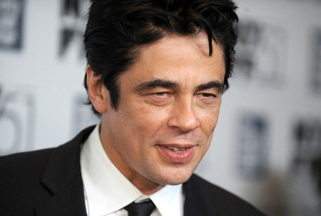 Benicio Del Toro earned a  million dollar salary, leaving the net worth at 45 million in 2017