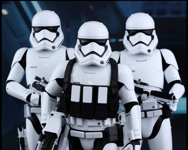 Hot Toys Stormtroopers (3)