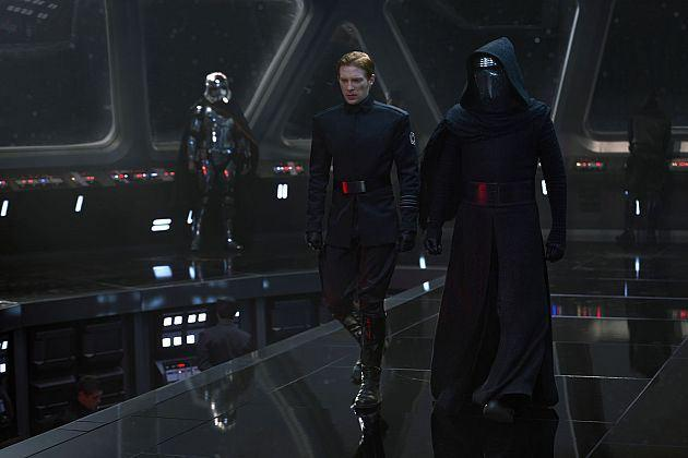 14 - Ren and Hux