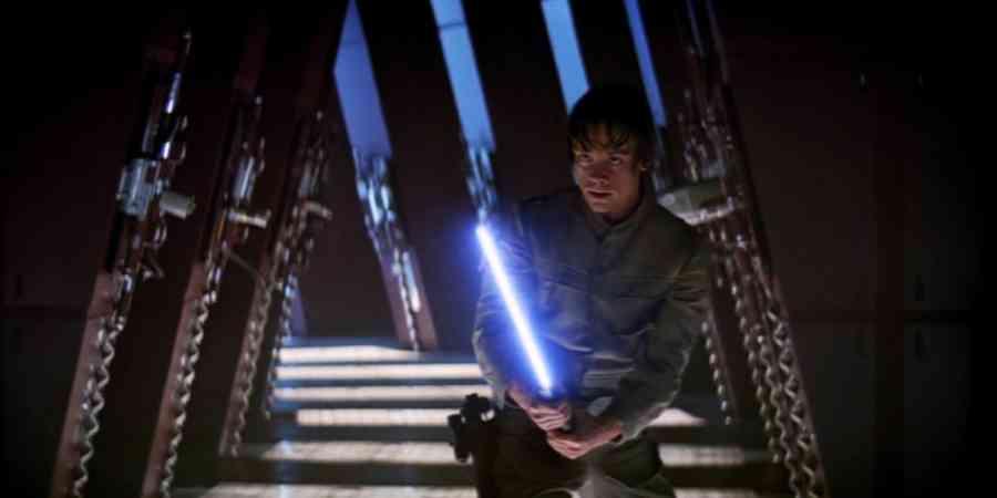 Star-Wars-Force-Awakens-Easter-Egg-Rey-Vision-Hallway