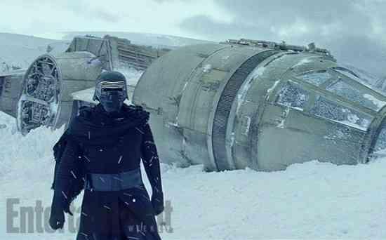 star-wars-force-awakens-deleted-scene-kylo-ren
