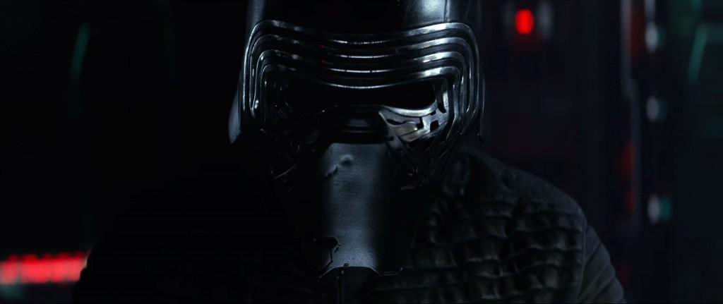 Star-Wars-7-Trailer-3-Kylo-Ren-Helmet