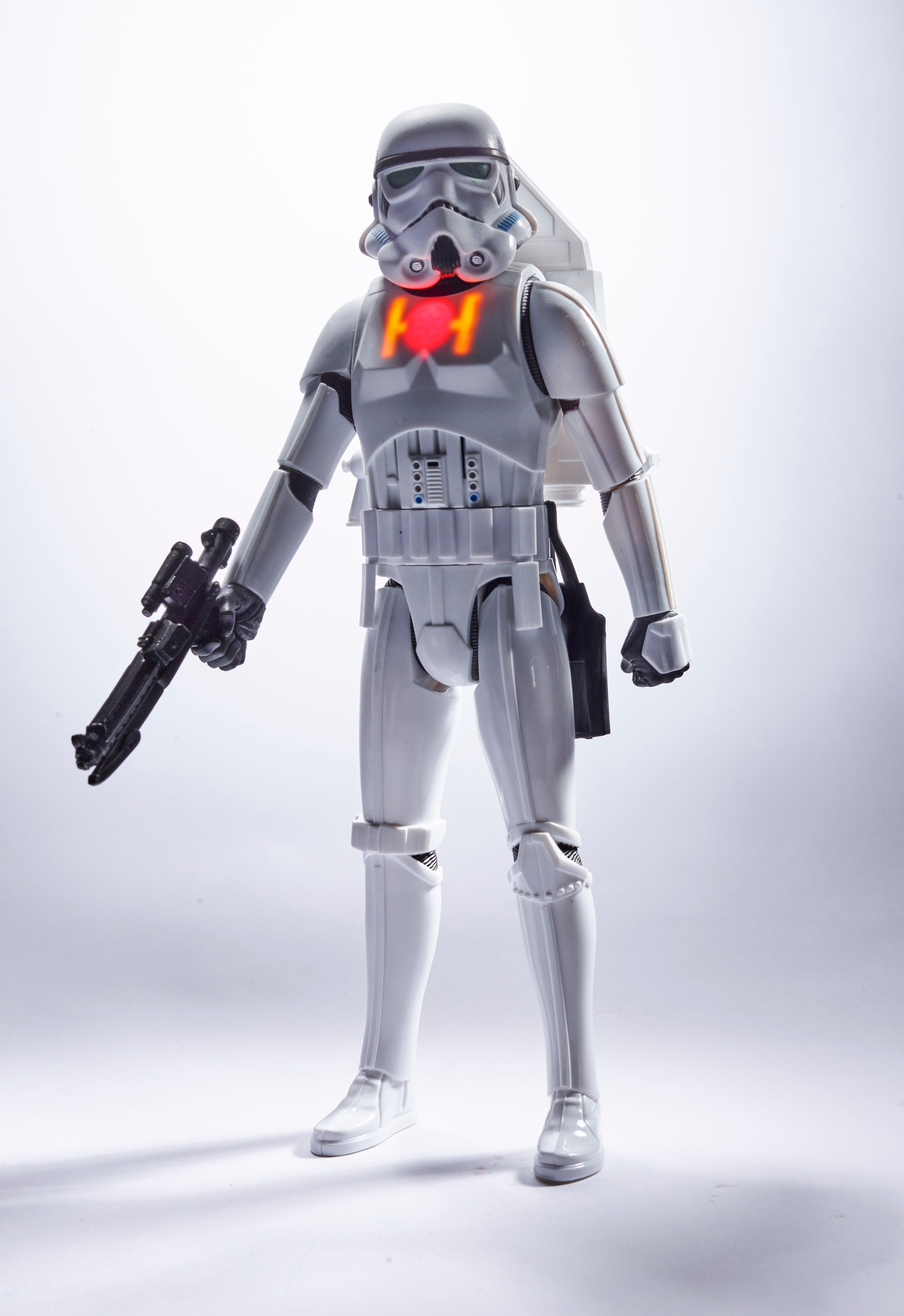 star-wars-12-inch-interactech-imperial-stormtrooper-figure-1