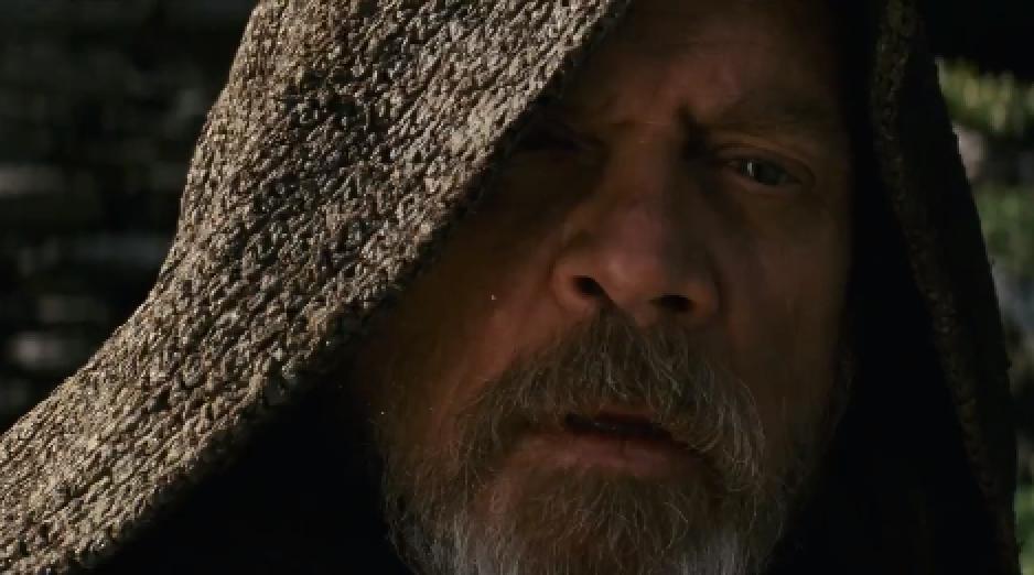 Star Wars The Last Jedi Luke Watching